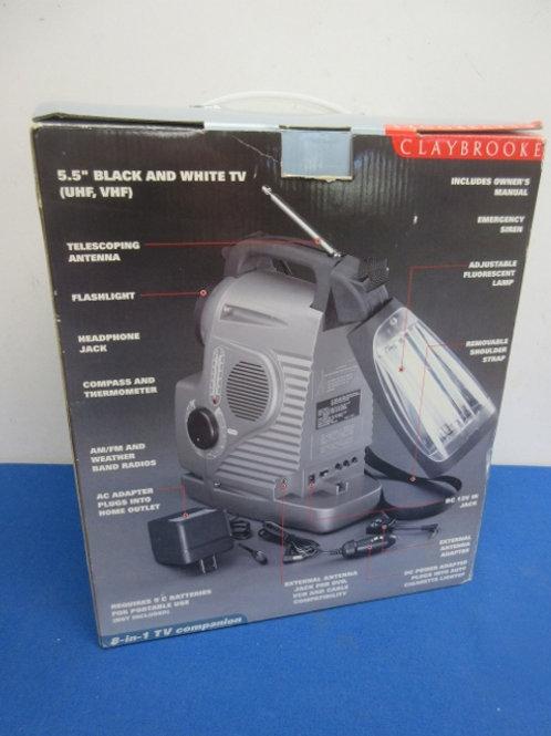 Vintage claybroook portable am/fm radio - flashlight - electric or battery