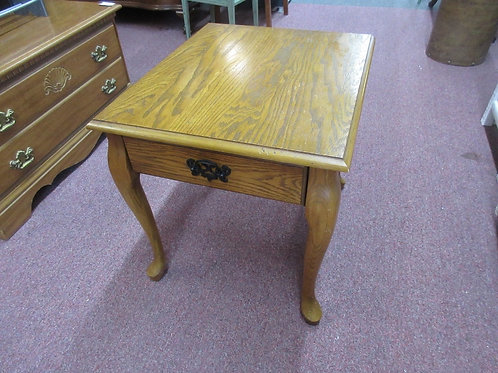 Queen anne oak rectangular end table with drawer