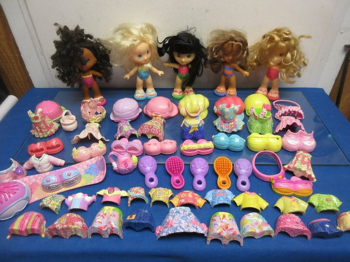 Fisher Price Snap 'n Style doll set - 5 dolls, 20 outfits, shoes & accessories