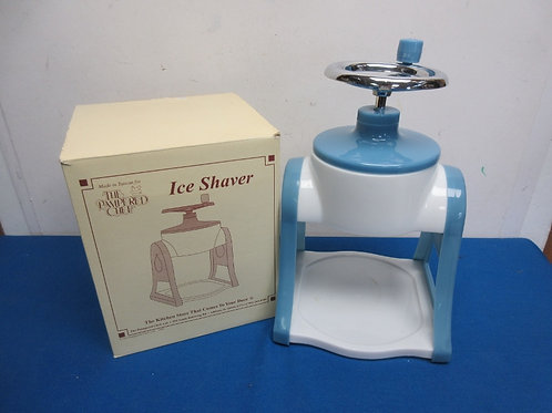 Pampered Chef manual  ice shaver, never used