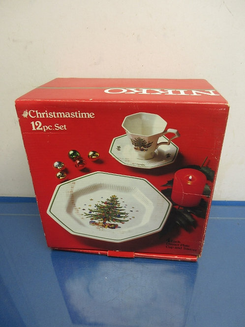Nikko classic collection 12pc service for 4.Christmas time dinnerware