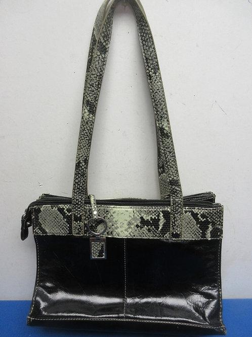 Giani Bernini black purse w/animal print on sides