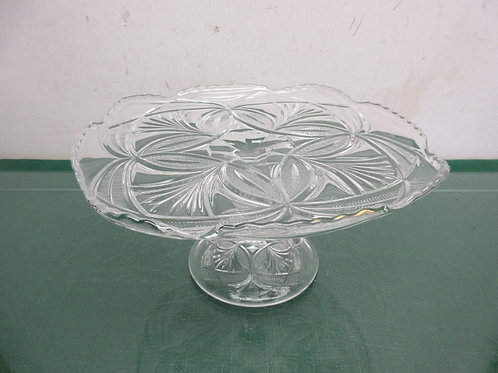 Square cut glass design pedestal cake plate