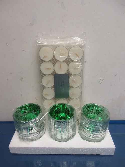 Home Worx( Harry Slatkin) set of 3 green mercury style candle holders