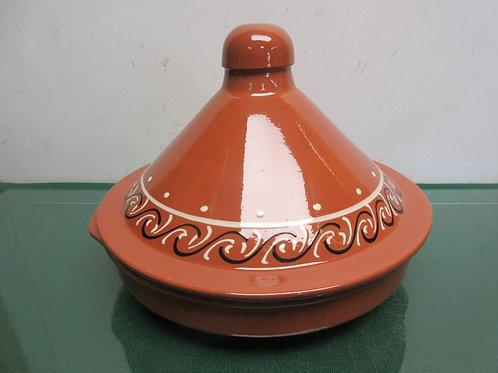 Tangine rust color ceramic pot with lid