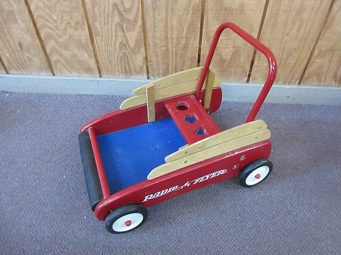 Small radio flyer push cart