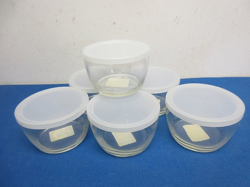 Set of 6 small glass bowls with plastic lids