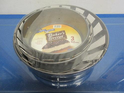 "Bakers Secret set of 3 springform pan in graduated sizes, 7"",8"", 10"", New"