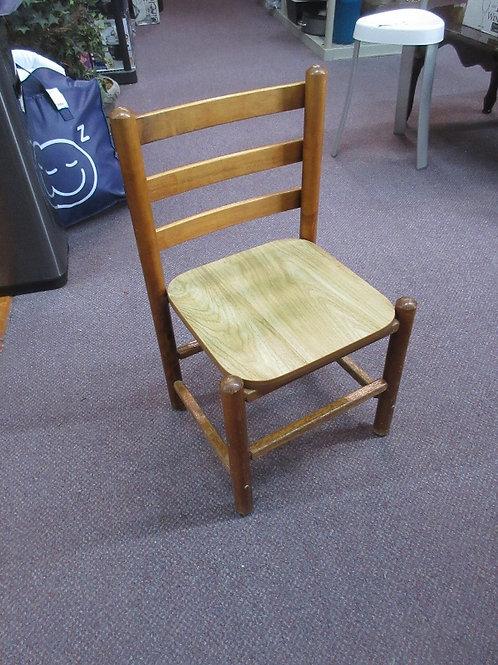 Childrens wooden desk/activity chair