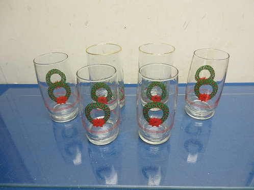 Set of 6 holiday glass tumblers with Christmas wreath & holly decor