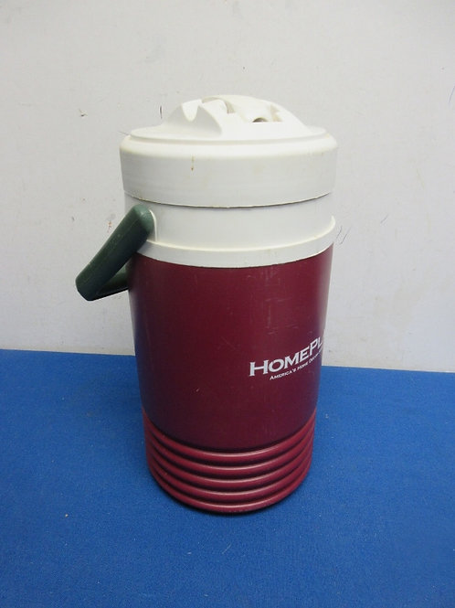 Igloo burgundy and white 2 qt drink cooler with pour spout