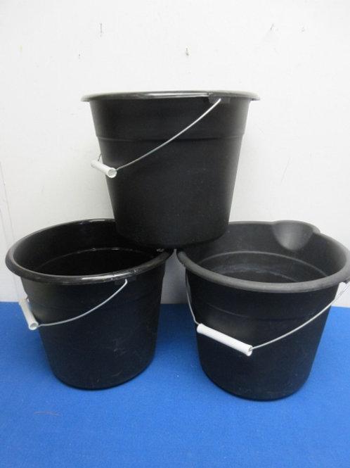 Set of 3 black plastic buckets