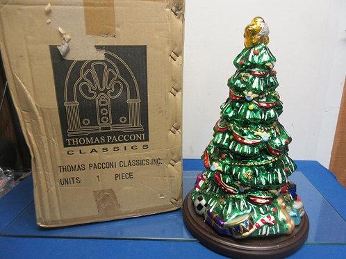 Thomas Pacconi Classic Christmas tree with wood base