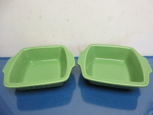 "Set of 2 green ceramic baking dishes 6.5"" x 6.5"""