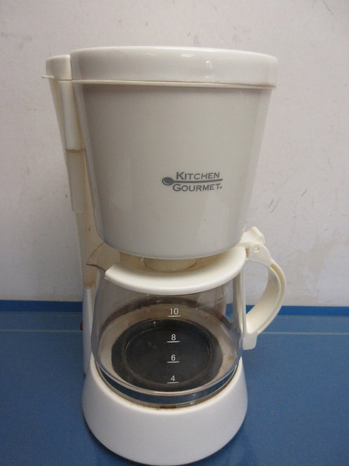 Kitchen Gourmet 10 cup white coffee maker