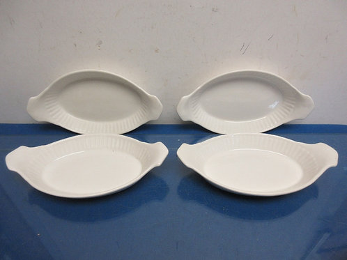 Set of 4 California USA oval oven proof bowls