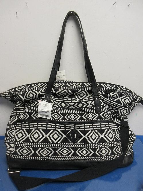 Madden Girl black & white tote bag, tags still on