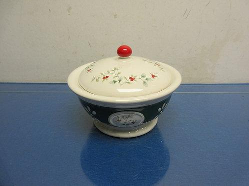 Pfaltzgraff small bowl with lid