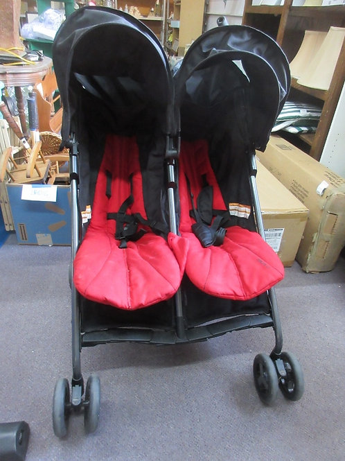 Zobo black and red 2 seat stroller with separate sun roofs