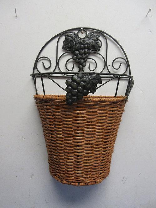 Hanging wicker half basket with metal frame