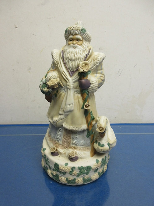 Old World musical santa statue with swan