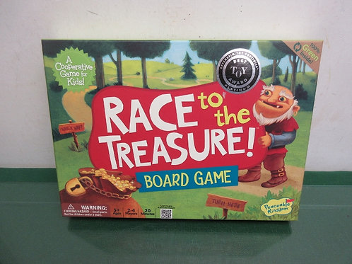 Peaceable Kingdom Race to the Treasure Game! ages 5+