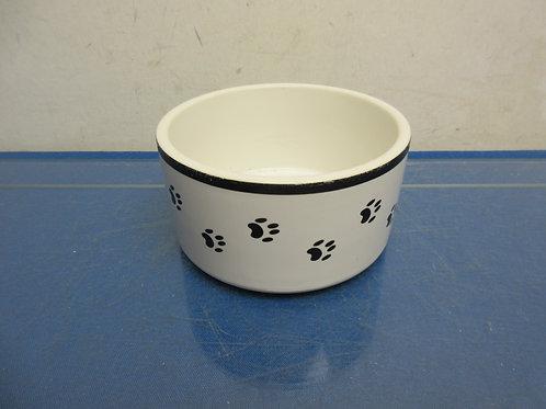 Small ceramic pet bowl, with paw design