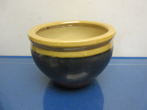"Glazed pottery tan, gray and brown planter, 8"" dia x 6.5"" high"