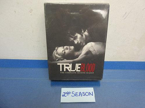 True Blood-5DVD set, complete second season, New, sealed
