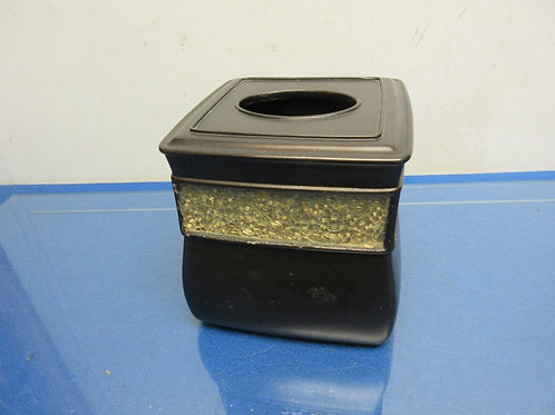 Black and mosaic heavy resin waste basket