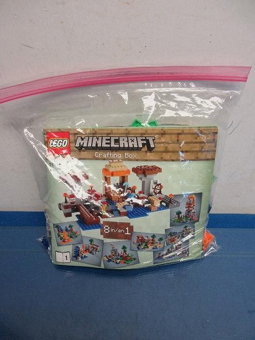 Lego Mine Craft crafting box building set #2116