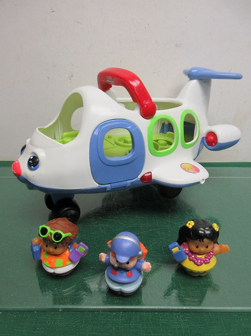 Fisher Price Little People airplane with 3 little people