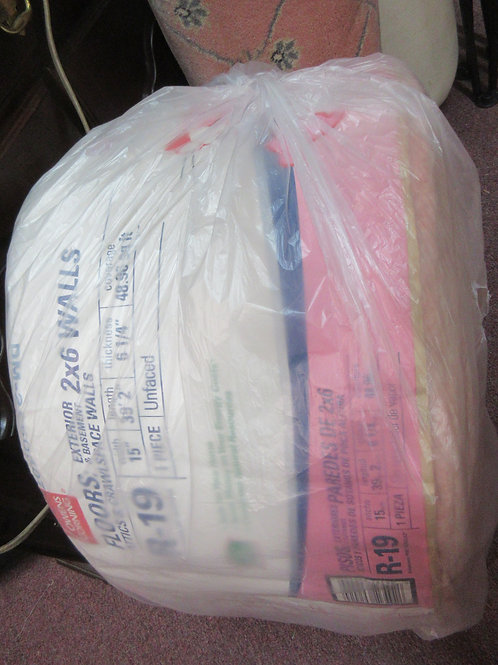 Owens R-19 roll of insulation
