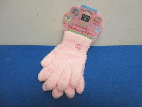 Pair of pink ultra plush moisturizing gloves, New