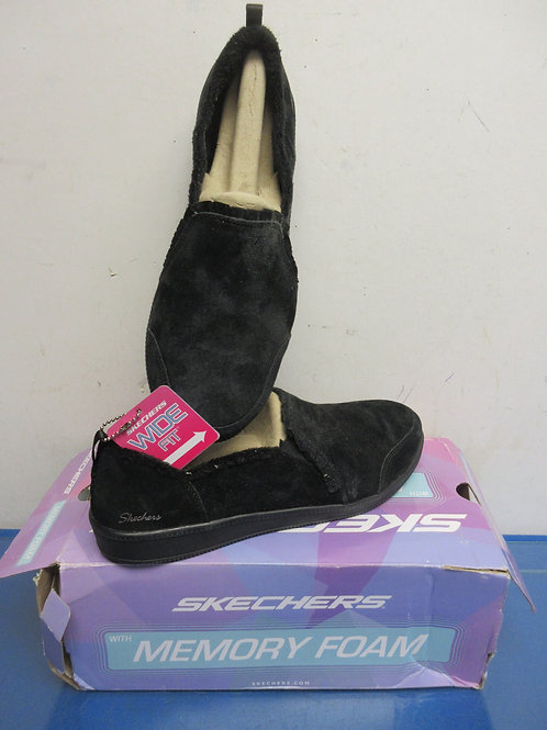 Skechers wide fit black plush memory foam slip on, Women's size 9.5wide