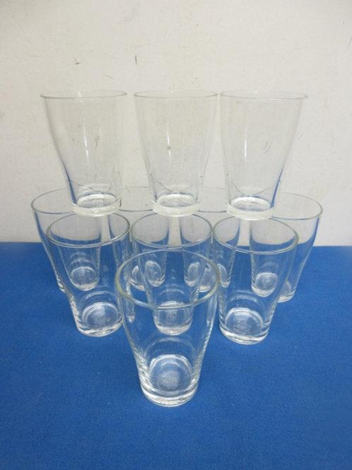Set of 11 drinking glasses