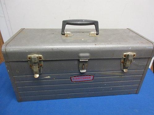 Gray Craftsman metal tool box, No tray