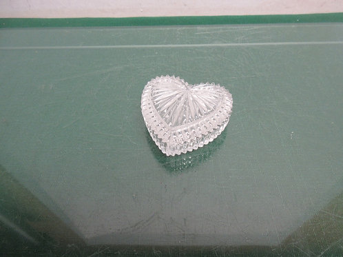 """Small heart shape glass ring holder with lid 3x3"""""""