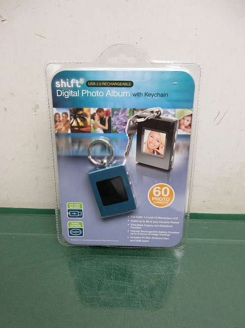 Shift 3 digital photo keychain, holds 60 photos, new in package