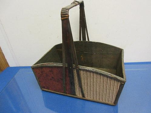 Earth tone wood rectangular basket with handle