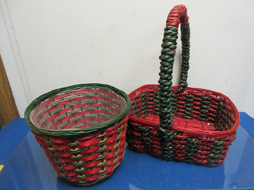 Set of 2 red & green baskets