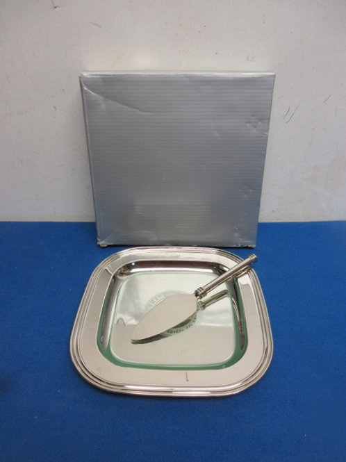 Chrome cheese plate with knife, has glass plate Univ. of Pgh