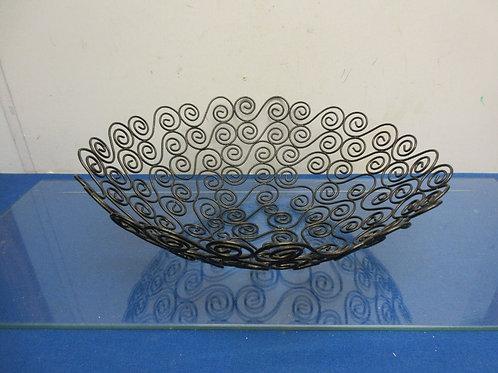 Black metal swirl design decorative bowl