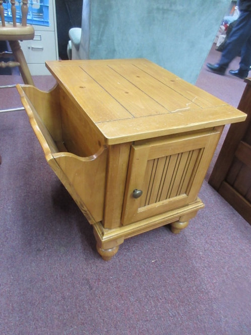 Pine light tone end table w/door storage and rack on side - 23x24x24