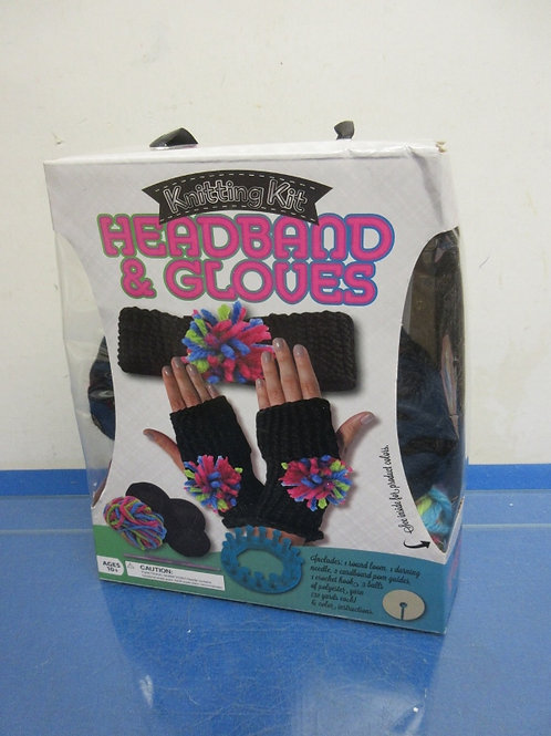 Headband and glove knitting kit, ages 10 & up