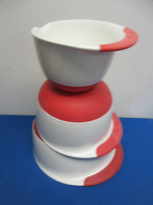 OXO set of 3 white and red nesting mixing bowls - non slip bottom