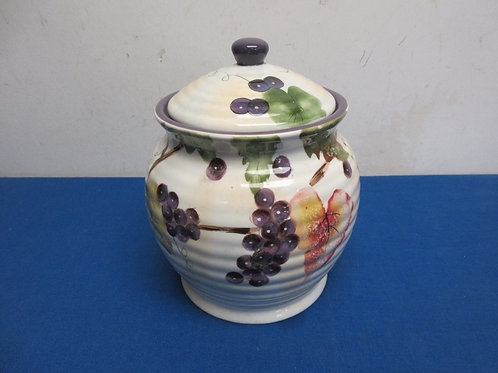 "Gourmet chef ceramic sealing canister grape design, 8"" high"