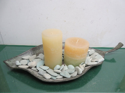 Large leaf shaped candle plate with 2 new pillar candles and decorative stones,