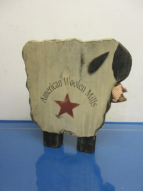 """American Woolen Mills-country wood carved sheep-12x11"""""""