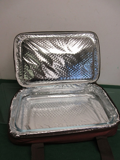 Thermal insulated baking dish carrier, dish included. New